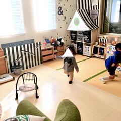 手作りままごとキッチン/日常のひとこま/兄妹/おもちゃ収納/手作りおもちゃ/すのこリメイク/... 我が家のリビングです。  4畳ほどの畳コ…