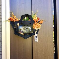 秋リース/蜘蛛の巣/フェルトバッグ/玄関飾り/玄関ドア/ハロウィン雑貨/... 玄関ドアにリースがわりになる ハロウィン…