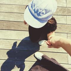 公園遊び/親子リンクコーデ/シンプルコーデ/モノトーンコーデ/お揃いコーデ/こどものいる暮らし/... 何だか今日は夏のようなお天気です。。  …