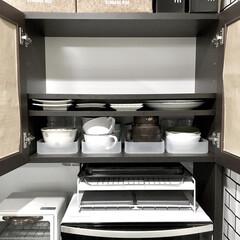 収納見直し/収納術/収納アイデア/スッキリ収納/シンデレラフィット収納/隙間収納/... 少し前に食器収納を見直しました。  写真…