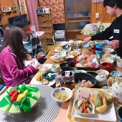 フルーツ盛り合わせ🍈🍓🍍/お赤飯/酢の物/お吸い物/茶碗蒸し/天ぷら/... *3月お祝いの日*  まごっちのお七夜(…(5枚目)