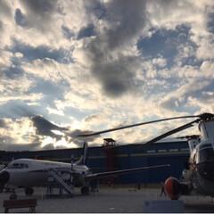秋空と自衛隊ヘリ🚁コラボ/航空博物館/空/おでかけ/秋 *ぶんかの日* 穏やかなお出かけ日和(*…