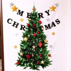 タペストリー/クリスマス/ニトリ タペストリー🎄にオーナメント☆ガーランド…
