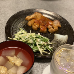 夜ご飯 今日はトンテキ~🎵 クラシルで見たトマト…(1枚目)