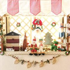 木製サンタのガーランド/オーニング風/雑貨/100均/インテリア/クリスマス 玄関の窓周りもXmas🎄仕様に〜⭐️  …