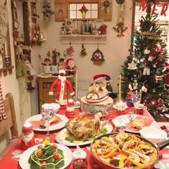 クリスマスディナー/クリスマスインテリア/クリスマスパーティー/クリスマス/クリスマスツリー/インテリア 我が家のクリスマス🎄パーティ〜🎉  ご馳…