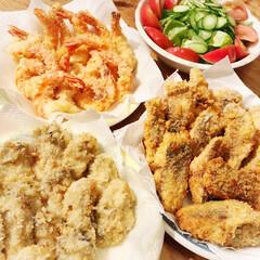 アジフライ/エビフライ/牡蠣フライ/今日の晩御飯/グルメ/フード/... 今日の晩御飯は、揚げ物三昧😙💕  ☆牡蠣…