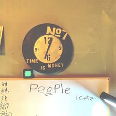 わたしの作った時計/ホワイトボード/アイデア投稿もしています/インスタグラムやってます/ブログ書いてます/うららかものづくりCafe/... 息子の部屋を覗いたら……、 時計の位置が…