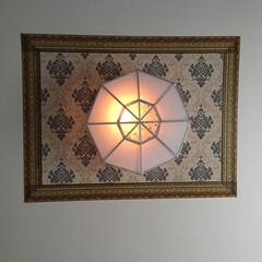 輸入壁紙/デコルファ/シーリングカバーdiy/照明/天井/DIY 寝室の天井はdiyでこんな感じにしました…
