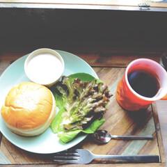カフェトレーDIY/おうちランチ/おうちカフェ/アイデア投稿もしています/インスタグラムやってます/ブログ書いてます/... ある日のおうちカフェ。 おうちランチです…(1枚目)