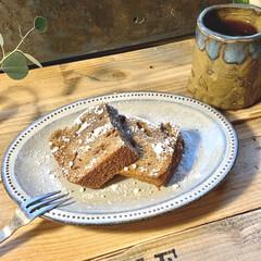 パウンドケーキ/コーヒー/おやつタイム/おうちカフェ/オーバルトレー/黒陶粉引/... 少し前のフォトにもあげたけど、 お皿を新…