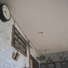 NEW GATE 50'sエレクトリックウォールクロック TR-4313(掛け時計、壁掛け時計)を使ったクチコミ「リビングあるあるは、時計です。 掛時計は…」(1枚目)