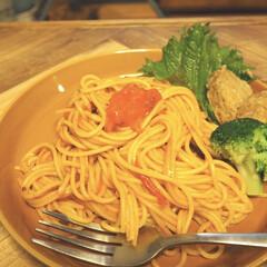 お皿/スパゲティ/パスタ/スタミナ盛り/スタミナ飯/スタミナご飯/... 実家から、ニンニクを大量に貰ったので、 …