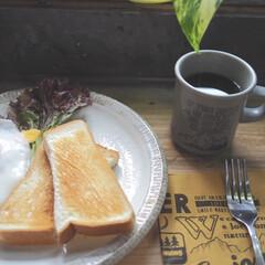 マグカップ キントー KINTO スローコーヒースタイル マグ 400ml グレー Slow Coffee Style | キントー(マグカップ)を使ったクチコミ「昨日の朝ごはん♪ 暑いので、 朝からしっ…」
