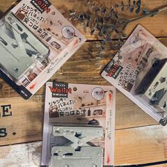 DIY 棚 壁 柱 ツーバイ材用 2×4材用突っぱりジャッキ ユニクロ Walist ウォリスト(その他DIY、業務、産業用品)を使ったクチコミ「増税前のお買い物。。。 2×4材を突っ張…」