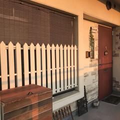 外廊下/柵/団地/すのこDIY/玄関横/DIY/... すのこのてっぺんをギザギザにカット&ペイ…