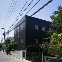 モダン/シンプル/ナチュラル/スタイリッシュ/デザイン/デザイナー/... 外観は黒いキューブのような形状となってい…