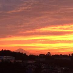 モダン/シンプル/ナチュラル/スタイリッシュ/デザイン/デザイナー/... カウンターから見える富士山の姿。