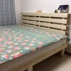 DIYコンテスト投稿/ベッドルーム(寝室)/DIY/寝室 DIYしたベッドとヘッドボードがようやく…