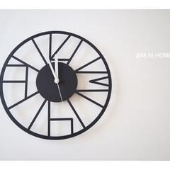 シンプルライフ/時計/モノトーン/掛け時計/住まい/暮らし  シンプルな掛け時計  薄いからほとんど…