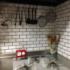 サブウェイタイル柄/リメイクシート/リメイク/暮らしを楽しむ/キッチン/キャンドゥ/... キッチンの壁をキャンドゥのリメイクシート…(1枚目)