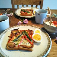器/器のある暮らし/器好き/のんびりした暮らし/穏やかな暮らし/丁寧な暮らし/... 休日のあさごぱん🍞 二人で食べる 朝ごは…(1枚目)