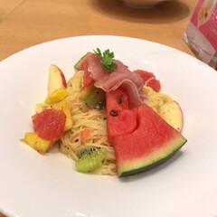 桃パフェ/フルーツパスタ/fruits picks/わたしのごはん fruits picksで食べたごはんで…