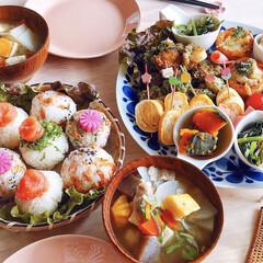 おにぎり/豚汁/おうちカフェ/北欧食器/北欧/ランチ/... 春休みのお昼ごはん♪ 息子と二人で満腹〜😋