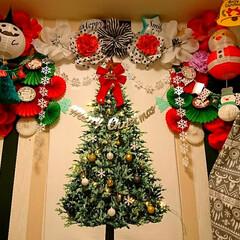 Merry X'mas/ラッピングペーパー/ペーパーフラワー/セリア/ダイソー/クリスマスインテリア/... コンテスト用に♥️  ♥️Merry C…