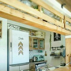 ビーチハウス/カリフォルニアスタイル/西海岸インテリア/冷蔵庫リメイク/食器棚リメイク/リメイクシート/... 使いやすくなるように カウンターにラブリ…