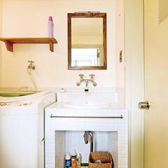 モザイクタイル/ナチュラル 雑誌からイメージした洗面台はオリジナル。…