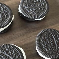モンデリーズ・ジャパン オレオ バニラクリーム(クッキー、ビスケット)を使ったクチコミ「8月10日はスモアの日だそうです♡ so…」(3枚目)
