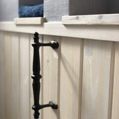 インテリア/トイレ/DIY/雑貨/住まい/節約 トイレにdiyで取り付けた手すり。 トイ…(1枚目)