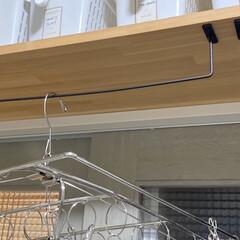 室内干し/室内干しアイデア/梅雨/洗濯/ハンガー収納/暮らし/... 室内干しに便利なアイテム、100均のアイ…