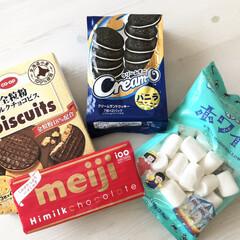 モンデリーズ・ジャパン オレオ バニラクリーム(クッキー、ビスケット)を使ったクチコミ「8月10日はスモアの日だそうです♡ so…」(2枚目)