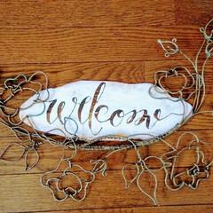カリグラフィー/Welcomeボード/WELCOME/アクリル絵の具/アルミのワイヤー/令和の一枚/... アルミのワイヤーと廃材でWelcomeボ…