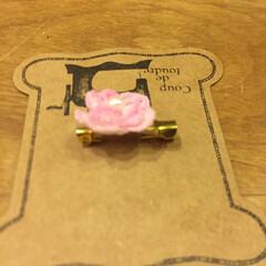 乙女/女子/かわいい/花/ハンドメイド ミシン糸で編む2センチのお花。 本を見な…(2枚目)