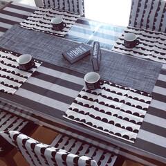 ダイニング/ダイニングテーブル/テーブルコーディネイト/ダイソー新商品/白黒雑貨/モノトーン雑貨/... ダイソー新商品のハーフムーン柄で模様替え…