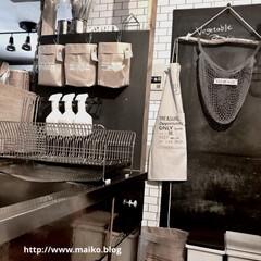 水切りラック 水切りかご 食器洗い ステンレス おしゃれ キッチン用品 hanauta ディッシュドレイナー(水切りカゴ)を使ったクチコミ「ここの壁も壊して、奥の壁紙も剥がして改造…」(1枚目)