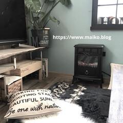 暖炉型ヒーター YDH-SK10 | 山善(電気ストーブ)を使ったクチコミ「壁も窓枠も床もテレビ台も全部diyしまし…」
