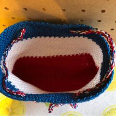 バッグインバッグ/かぎ針編み/雑貨/ハンドメイド/100均 トリコロールカラーのバッグインバッグ作り…(4枚目)
