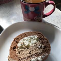 ロールケーキ/不二家/みんなにおすすめ 不二家のほうじ茶ロールケーキ ほうじ茶と…(2枚目)