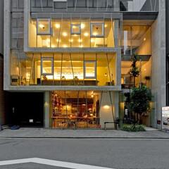 リノベーション会社/大阪/北浜/デザイン事務所/建築家デザイン/駅近/... スクールバス空間設計北浜本社の外観。