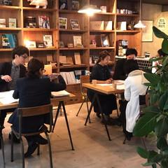 相談会/中古を買ってリノベーション/リノベーション/無料/無料相談会/大阪/... スクールバス空間設計の相談会の様子。賑わ…