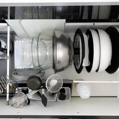アイリスオーヤマ フライパン ホワイト/マーブル 12点 ダイヤモンドコートパン 12点セット IH対応 ISN-SE12 | アイリスオーヤマ(鍋、フライパンセット)を使ったクチコミ「我が家のフライパン収納。 コンロ下の大き…」