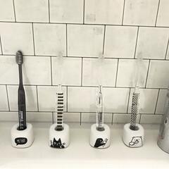 ナチュラル/北欧/歯ブラシ立て/歯ブラシ収納/歯ブラシスタンド/歯ブラシ/... わが家の歯ブラシはセリア♡ かわいいのに…