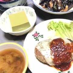幸せごはん/わたしのごはん/おうちごはんクラブ 今日の晩御飯😊 ハンバーグ  抹茶豆腐 …
