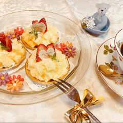 イチゴ/ケーキ/スイーツ/ハンドメイド ミモザをイメージしたプチケーキを作ってみ…