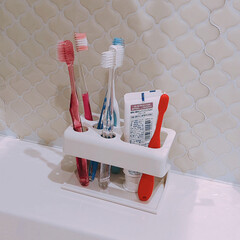 歯ブラシ収納/歯ブラシスタンド/歯ブラシ/フォロー大歓迎/住まい 今まで使っていた歯ブラシスタンド。  子…