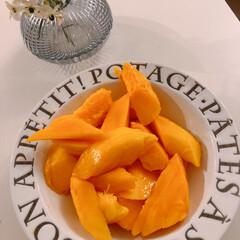 マンゴー/住まい/暮らし/フォロー大歓迎/LIMIAスイーツ愛好会 頂き物のマンゴー(❁´ω`❁)♡!!  …